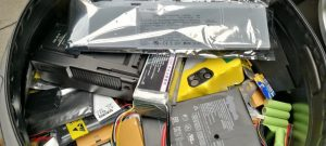 Characterisation of fires caused by batteries in electronic waste